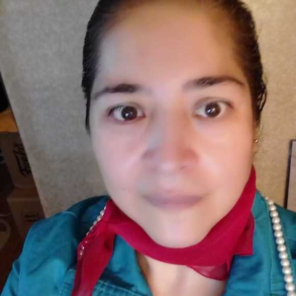 0ccbf74c0 Lorena Espinoza's Closet (@ledesignasd925g) | Poshmark